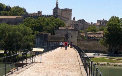Avignon – einst die Stadt der Päpste – verwöhnt mit Kultur und Lebensfreude